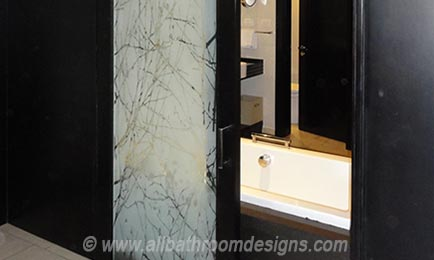 patterned glass dividing door