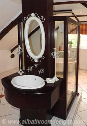 unusual bathroom layout