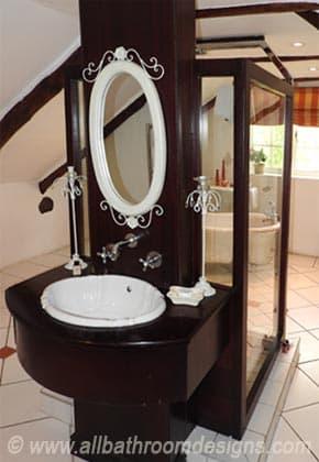 unusual bathroom layout